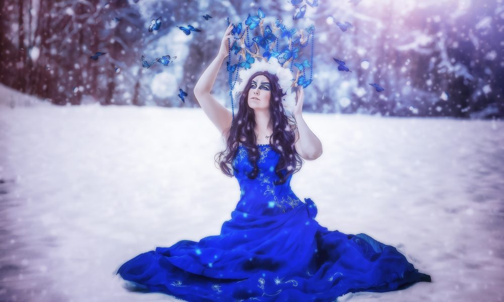 Winter-Fantasy-Fotoshooting-photo-schnee-snow-blue-blau-königin-queen 2
