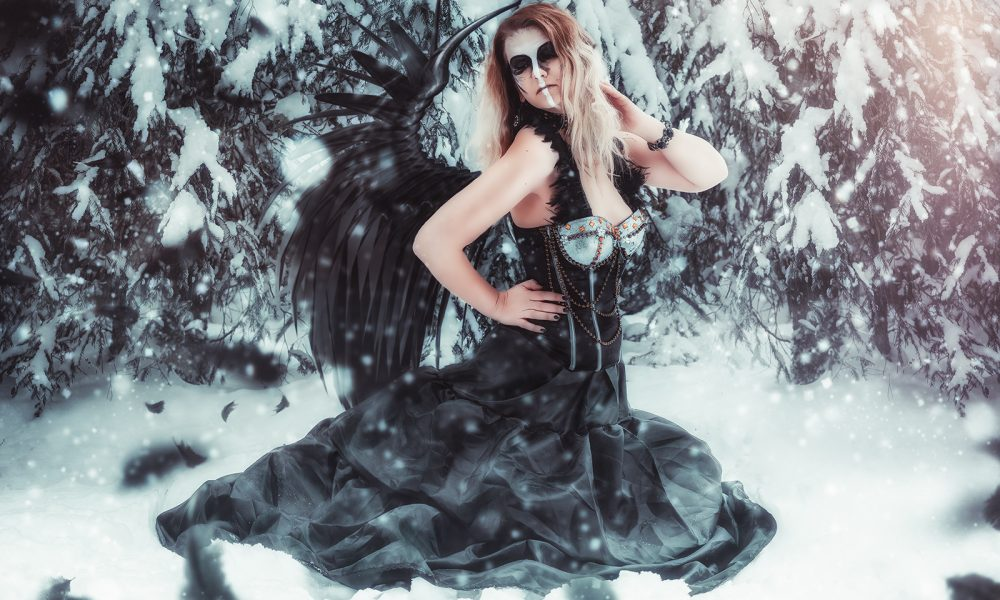 Winter-Fantasy-Fotoshooting-photo-schnee-snow-dark 2