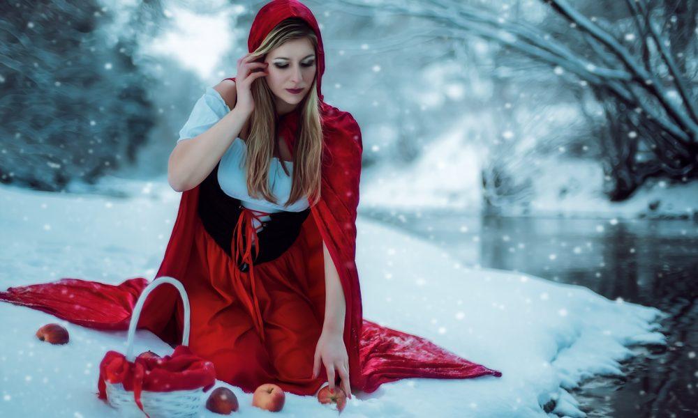 Winter-Fantasy-Fotoshooting-photo-schnee-snow-rotkäppchen